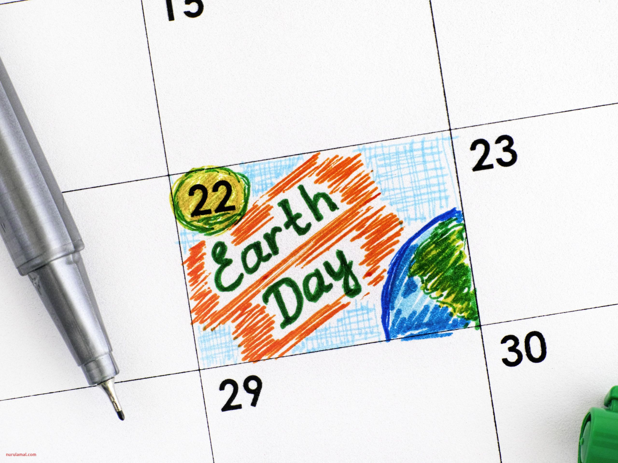 reminder earth day in calendar with green pen 56af abb b5784fa